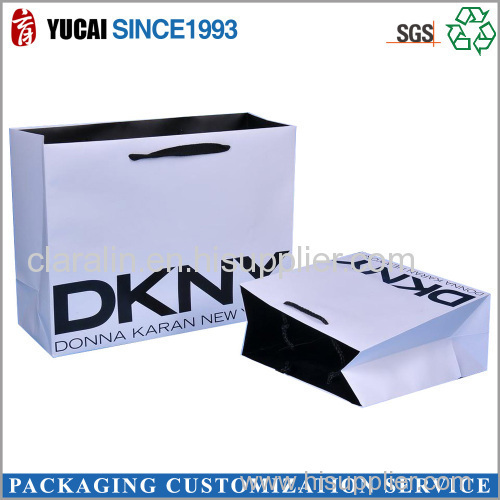 2015 Hot Sale White Card Paper Bag with Customized Logo