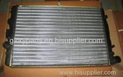 auto radiator/automotive radiator/truck radiator/truck cooling parts 377121251RA/377121253B