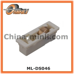 Plastic bracket window roller with single copper wheel