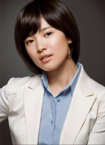 Ms. Amy  Zhou