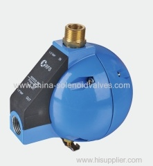 Float type drain valve