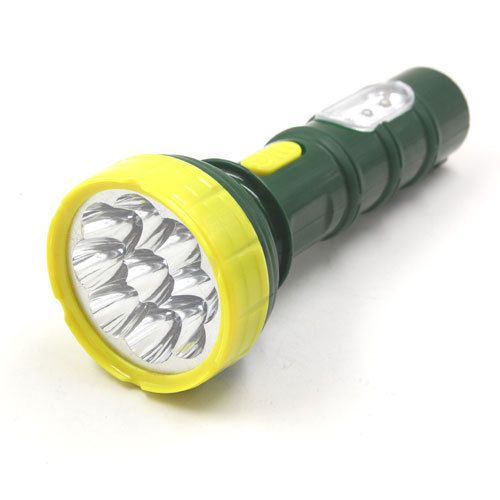 high lumen rechargeable LED flashlight