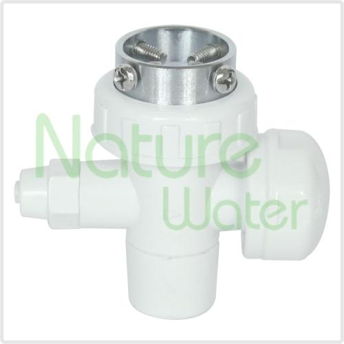 Plastic diverter valve water