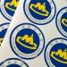 Custom Logo Clear Vinyl Sticker Waterproof Transparent Label PET Glass Sticker Roll Packaging Clear Sticker