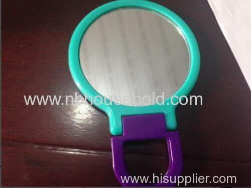PLASTIC HAND HELD MIRROR