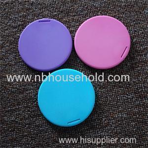 PLASTIC POCKET MIRROR .