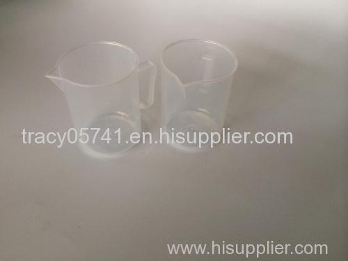 250ml PP plastic measuring cup for medicine or cooking
