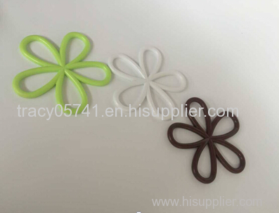 Anti - scalding kitchen flower shape mat