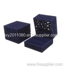 Hollow Carve Velvet Jewelry Box