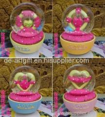water snow globe plastic craft custom snow globe for souvenir