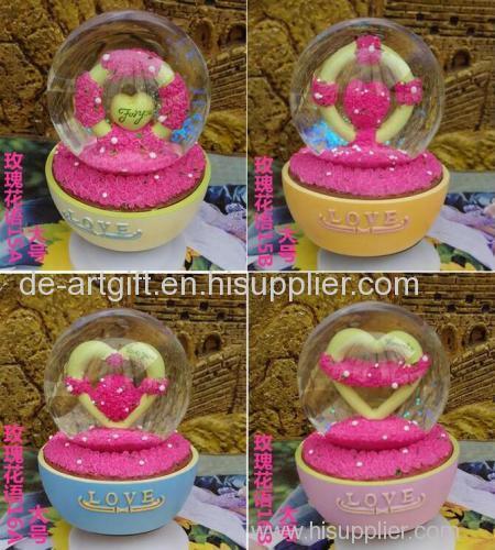 water snow globe plastic craft custom snow globe for souvenir
