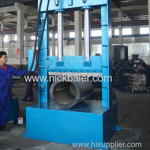 Single shear type plastic machine