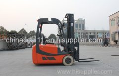 2.0t Stand-on Reach Truck