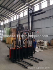 CE Electric Stacker Xe 1.5 ton Loading 1.6m to 4.5m Lifting