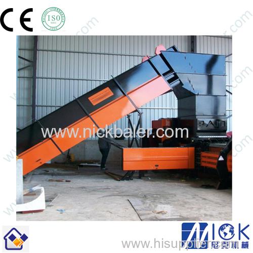 automatic feeding conveyor plastic bottle Strapping baling machine