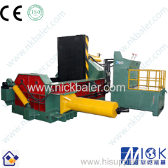 Hydraulic horizontal scrap metal balers