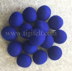 Dark blue color wool dryer balls