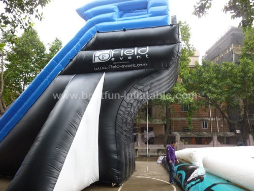 Big air bag with inflatable jumping platform