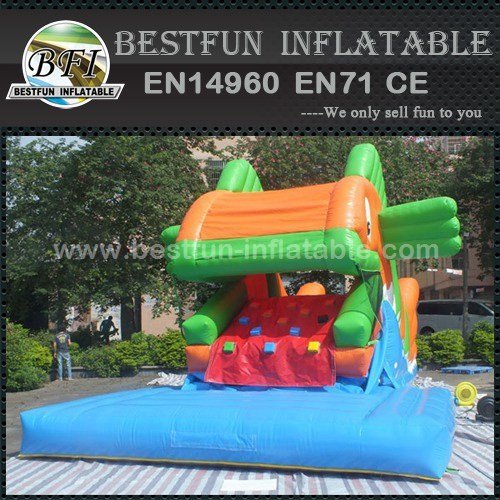 Excellent Games Inflatable Snappy Fish Slide