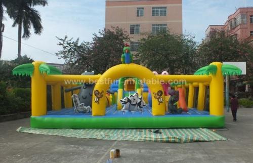 Madagascar fun city giant inflatable fun land amusement park