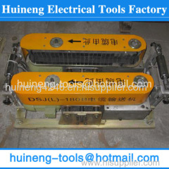 Useful underground cable pusher for cable convey
