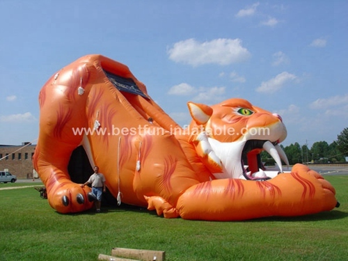 Inflatable sabre-tooth kids slides