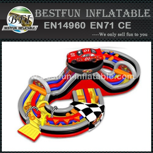 Crash course inflatable obstacle course