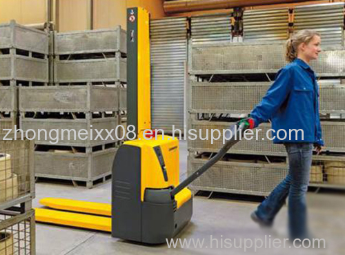 XS Series Semi Electric Stacker