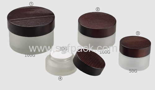 MATT WHITE GLASS JAR WOODEN CAP