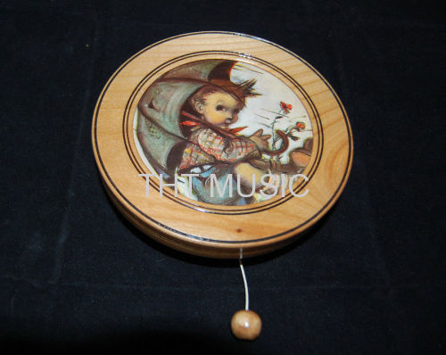 HUMMEL HANGING MUSIC BOX SONG GAME OF THRONE