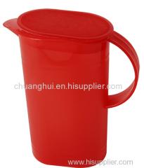プラスチック製のハンドル付きオイル缶