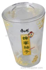 人気の水のカップと歯のブラッシングカップ