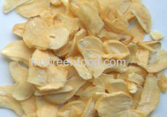 dehydrated garlic flakes with roots