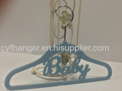 33.5cm blue flocked non-slip baby hanger with baby word
