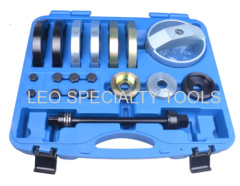 Tool Set For Compact Wheel Hub/Bearing Unit