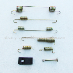 Drum brake return springs &hold down parts for self-adjusting rear drum brake