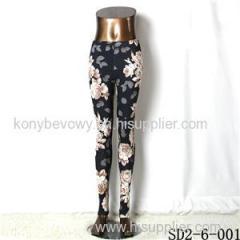 SD2-6-001 Fashionable Woman Low Waist Tight Flower Knitting Leggings