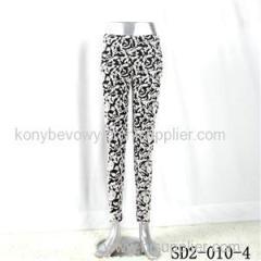 SD2-10-004 Latest Fashion Knit Jacquard Low-waist Black And White Slim Leggings