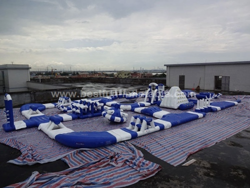 Amusement floating Giant Inflatable Water Park