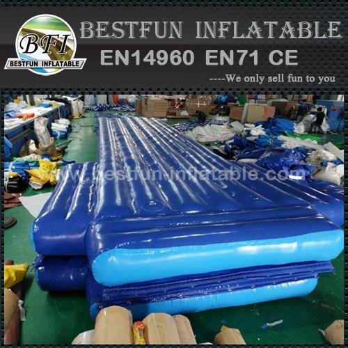 Water tumble mat inflatable aqua track