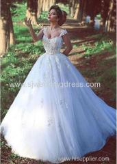 Tulle V-neck Neckline Ball Gown Wedding Dresses With Lace Appliques