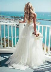 Tulle Spaghetti Straps Neckline A-line Wedding Dress With Lace Appliques