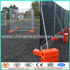 temporary fence stands concrete