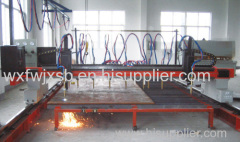 CNC flame plasmacutting machine