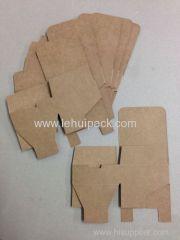 クリスマスギフト包装のためにnutural紙箱を作ります