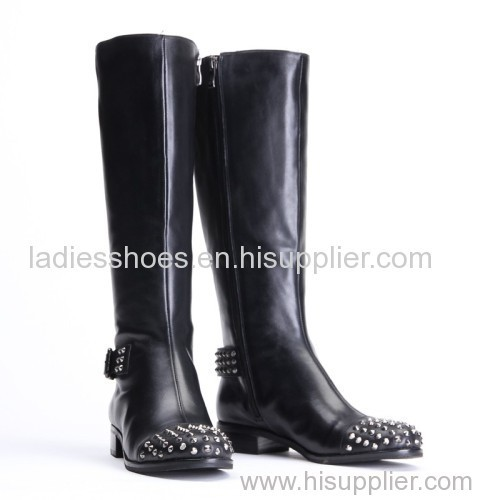 Ladies knee heel studded boots black