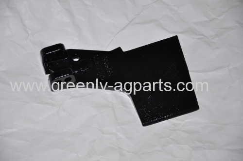 A82832 John Deere planter Single Disc Opener Boot right hand Liquid Fertilizer Shoe