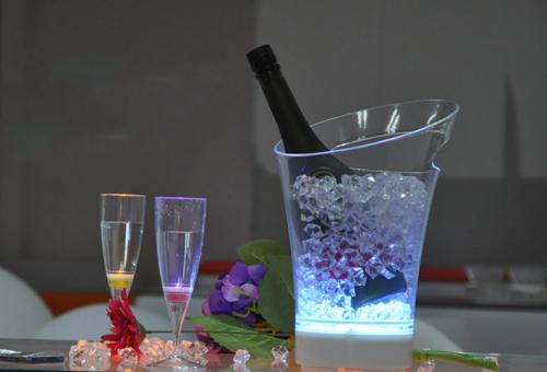 Transparent Luminous Ice Bucket