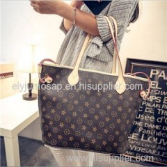 Overstocks Fashion Brands Ladies Evening Bags in stock