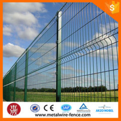 3D Curved Welded Panel Fence With Peach Post
